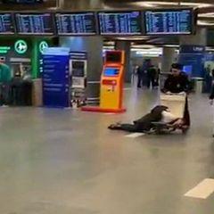 Что стало с чиновником, который устроил дебош в аэропорту