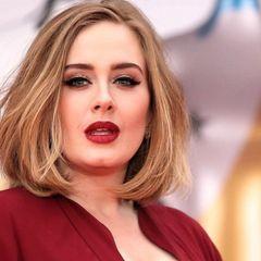 Певица Адель похудела на 50 кг: ее теперь невозможно узнать