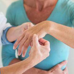 Узнаешь его по пальцам рук: врачи нашли метод выявления рака