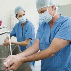 Почти в половине российских больниц нет горячего водоснабжения