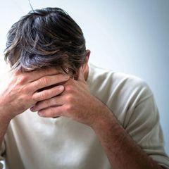 Психолог: в России вероятны суициды на фоне кризиса