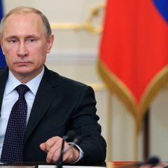 Путин спросил вирусологов о сокращении нерабочих дней