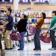 Доступ в магазины для россиян могут ограничить