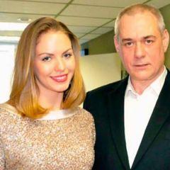 Ударила горящей палкой: дочь Сергея Доренко о драке с соседкой