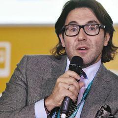Малахов раскритиковал звезд за пластику во время пандемии