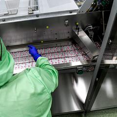 В РФ задумались о прекращении выпуска жизненно важных лекарств