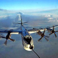 Стратегические бомбардировщики взяли курс на Москву