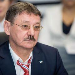 26 квартир и 10 самолетов: в РФ нашли самого богатого депутата