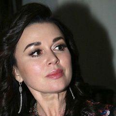 «Насте снова стало хуже»: знакомые Заворотнюк о состоянии актрисы