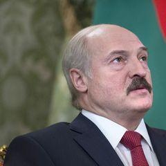 Лукашенко назвал условие передачи своих полномочий