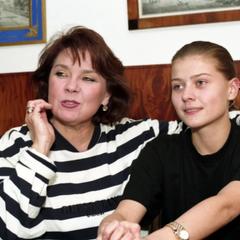 Лариса Голубкина получила оплеуху от своей дочери