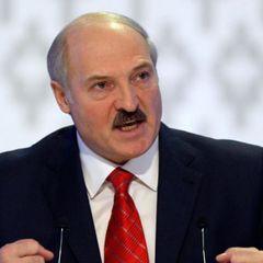 Лукашенко обвинили в избиении беременной матери его сына Коли