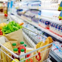 В России хотят ввести продуктовые карточки