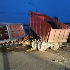 В российском городе обрушился пешеходный мост - есть жертвы