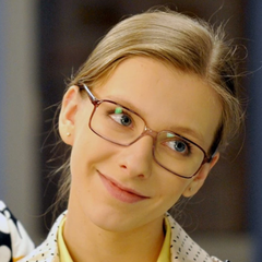 Фанаты не узнали 25-летнюю Арзамасову в новом образе