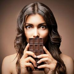 Врач объяснил появление непреодолимого желания съесть шоколад