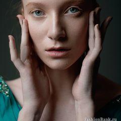 Российская модель приехала с мужем в Петербург и зарезала его