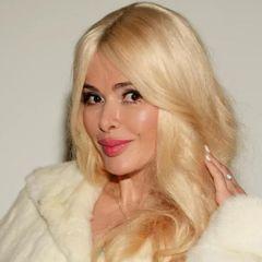 Алена Кравец избавилась от дочери-аферистки своего мужа