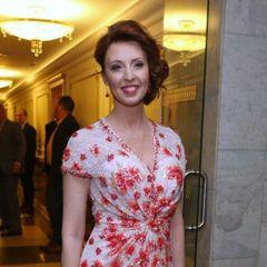 50-летняя Сенчукова показала своё настоящее лицо без фильтров, и разница шокировала фанатов!