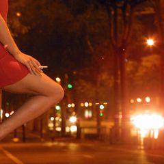 Слесарь из Москвы взял кредит на проститутку и разорился