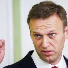 Суд арестовал Навального до 15 февраля. Что теперь будет!