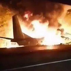 Самолет с футболистами разбился по пути на игру в Бразилии