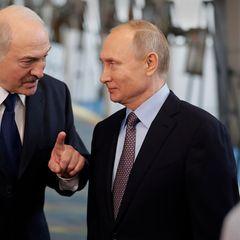 В Кремле пребывают в раздумьях, как поступить с Лукашенко