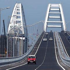 К Крымскому мосту стянули военные катера. И вот почему, это уже не скрыть!
