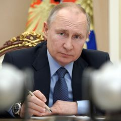 Указ Путина: 6 тысяч рублей каждому пенсионеру без заявлений