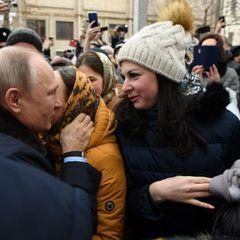 Предлагавшая Путину выйти замуж девушка рассказала о своей жизни