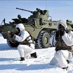 Минобороны РФ срочно перебрасывает в Крым военную технику