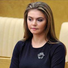 В Сеть слили домашние фото Алины Кабаевой