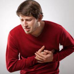Инфаркт до 30: с какими симптомами нужно обращаться к врачу
