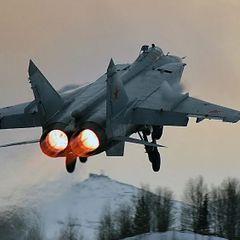 Российский МиГ-31 перехватил истребитель США над Тихим океаном