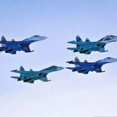ВМС США сняли проход эскадрильи Су-30МКМ над их авианосцем