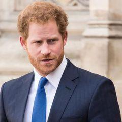 Убитый горем принц Гарри рвется к Елизавете II