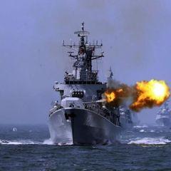 Корабли ВМФ РФ выстроились в боевой порядок вблизи границ Украины