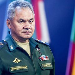 Шойгу: РФ перебросила на Запад две армии и три соединения ВДВ