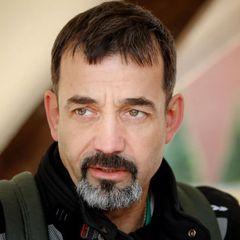 «Люди нищают»: Дмитрий Певцов предложил вернуть «пятилетки»