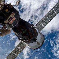 Космонавт Атьков намекнул, кто просверлил дыру в «Союзе-МС-09»