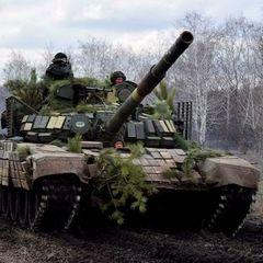 Военную технику ВСУ заметили у храма в Донбассе