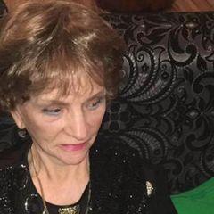 «Может быть яд»: 90-летняя вдова Крючкова не ест еду внучки