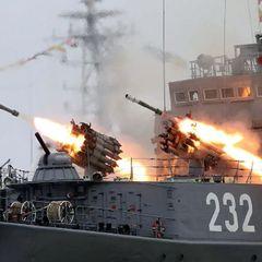 Флот РФ неожиданно вывел в море два отряда боевых кораблей