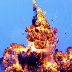 У базы ВМФ России прогремели два мощных взрыва