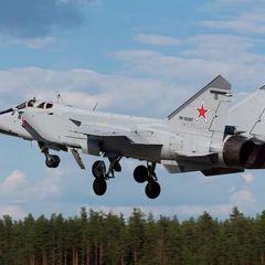 МиГ-31 ВКС РФ перехватил американский Boeing RC-135W - СМИ