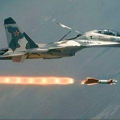 МиГ-31 ВКС РФ перехватил приблизившийся к границе РФ самолет