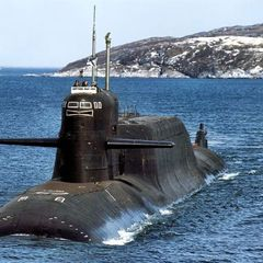 К российским границам направляется неизвестная атомная подлодка
