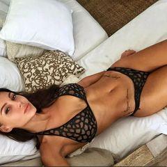 «Ничего себе шарики!»: Самойлова показала новую силиконовую грудь
