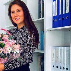 Убитая в казанской школе 25-летняя учительница спасала учеников