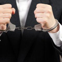 Российского депутата и его сына арестовали по обвинениям в убийстве